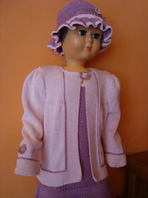 pletený svetrík k šatočkám