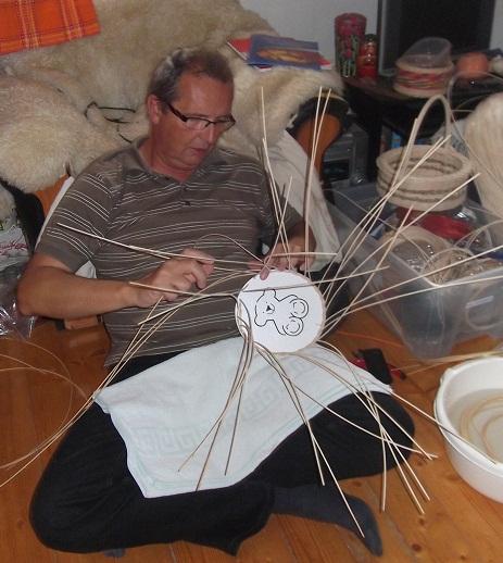 Kurz pletenia košíčkov z pedigu pre pokročilých - vypletané dno