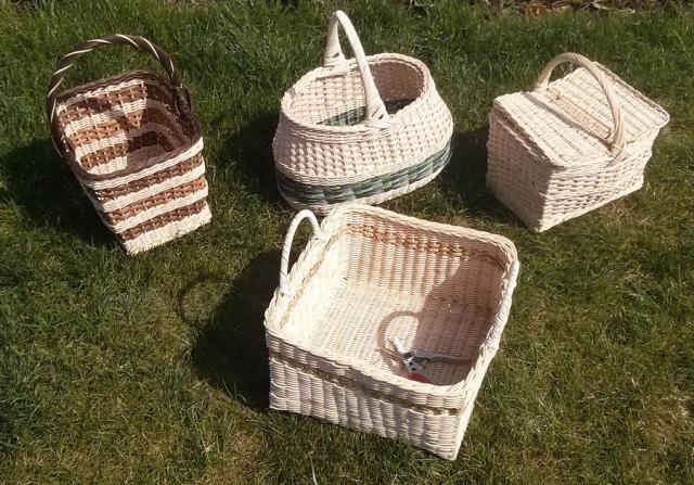 Ribišška - košíky s vypletaným dnom